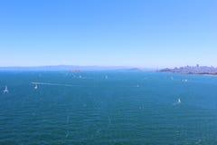 San Fransisco zatoka na Jaskrawym letnim dniu obrazy stock