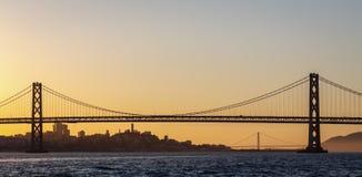 San Fransisco zatoki Golden Gate Bridge przy zmierzchem i most Fotografia Royalty Free