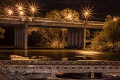 San Gabriel River Bridge en la noche Foto de archivo