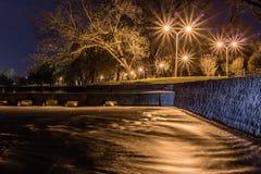 San Gabriel River na noite Foto de Stock