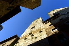 San Gimignano è una piccola città medievale della collina in Toscana Fotografia Stock Libera da Diritti