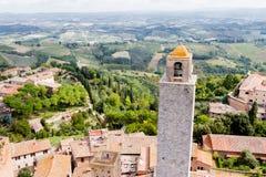 San Gimignano è una piccola città medievale murata della collina in Toscana Fotografia Stock