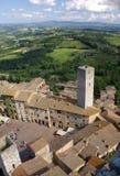 San Gimignano en Toscaans landschap stock foto's