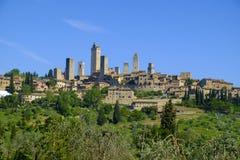 San Gimignano jest małym średniowiecznym wzgórza miasteczkiem w Tuscany Zdjęcia Royalty Free