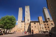 San Gimignano medeltida by som är berömd som staden av det fina tornet Royaltyfria Bilder