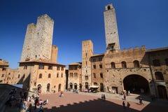 San Gimignano medeltida by som är berömd som staden av det fina tornet Fotografering för Bildbyråer