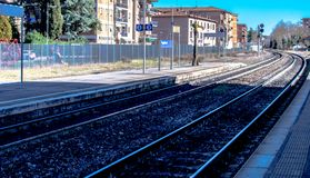 San Gimignano Tuscany, Włochy 23 2019 Luty,/: kolej w stałym lądzie Włochy zdjęcie stock