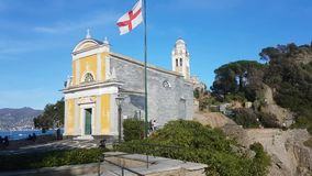 San Giorgio Church in Portofino Italië stock videobeelden