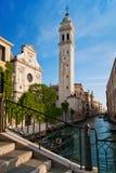 San Giorgio dei Greci med dess campanile Royaltyfri Foto