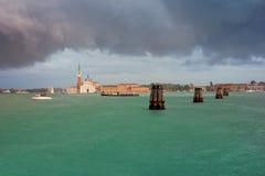 San Giorgio Maggiore in de Zomerregen van Venetië Royalty-vrije Stock Foto