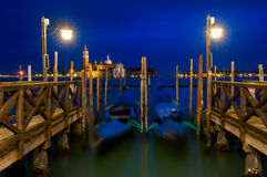 San Giorgio Maggiore na lagoa Venetian em Veneza, Itália Fotos de Stock
