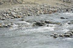 San i żwirów agregaty przy Mal riverbed, Matanao, Davao Del Sura, Filipiny zdjęcie royalty free