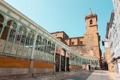 San Isidoro el Real e mercado de Fontan Fotos de Stock Royalty Free