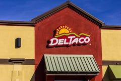 San Jorge - circa diciembre de 2016: Del Taco Fast Food Location Del Taco se especializa en la comida mexicana y americana I Imagen de archivo