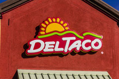 San Jorge - circa diciembre de 2016: Del Taco Fast Food Location Del Taco se especializa en la comida mexicana y americana III Foto de archivo