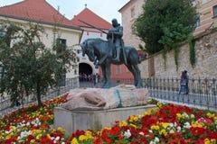 San Jorge y el dragón en la ciudad superior en Zagreb, Croacia Imágenes de archivo libres de regalías
