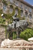 San Jorge y la estatua del dragón en Zagreb imagenes de archivo