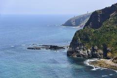 San Juan de Gaztelugatxe près de l'ermitage sur la côte de Vizcaya photo libre de droits