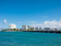 San Juan, de horizon van Puerto Rico op Condado-Strand royalty-vrije stock afbeeldingen
