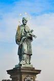 San Juan de Nepomuk, puente de Charles, Praga Foto de archivo libre de regalías