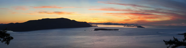 The San Juan Islands. Sunset over the San Juan Islands of Puget Sound in western Washington State, USA. Orcas Island, Clark and Barnes Island with Matia and Stock Image