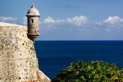San Juan - torreta del centinela de la fortaleza del EL Morro Fotos de archivo