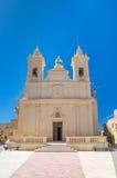 San Lawrenz, Malta - Maj 8, 2017: Församlingkyrka av San Lawrenz på den Gozo ön i Malta Arkivbild