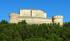 San Leo - fortaleza de San Leo fotografía de archivo