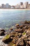 San Lorenzo ´s setzen, Gijón auf den Strand Lizenzfreies Stockbild