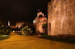 San-Malo alla notte, Francia fotografia stock