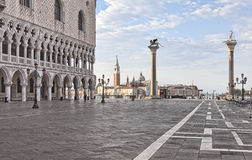 San Marco Vierkante vroege ochtend Royalty-vrije Stock Foto's
