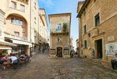 San Marino San Marino - 10 Augusti 2017: Stadsfyrkant i San Marino Fotografering för Bildbyråer