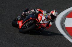 San Marino, Italia - 26 settembre 2009: Fabbrica di Aprilia RSV4 del gruppo di corsa di Aprilia, guidata da Max Biaggi Immagine Stock