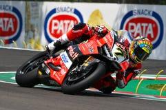 San Marino Italy - Maj 11, 2018: Chaz Davies GBR Ducati Panigale R Aruba det som springer - Ducati lag, i handling Royaltyfri Foto