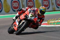 San Marino Italy - Maj 11, 2018: Chaz Davies GBR Ducati Panigale R Aruba det som springer - Ducati lag, i handling Royaltyfri Bild