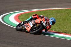 San Marino Italy - Maj 11, 2018: Marco Melandri ITA Ducati Panigale R Aruba det som springer - Ducati lag, i handling Royaltyfria Bilder
