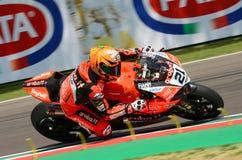 San Marino Italy - Maj 11, 2018: Michael Ruben Rinaldi Ducati Panigale R Aruba det som springer - Ducati lag, i handling Arkivfoto