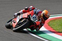 San Marino Italy - Maj 11, 2018: Michael Ruben Rinaldi Ducati Panigale R Aruba det som springer - Ducati lag, i handling Arkivfoton