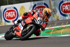 San Marino Italy - Maj 11, 2018: Michael Ruben Rinaldi Ducati Panigale R Aruba det som springer - Ducati lag, i handling Fotografering för Bildbyråer