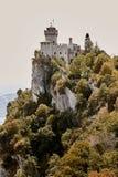 San Marino San Marino - Juli 10, 2017: torn av fästningen Royaltyfri Bild