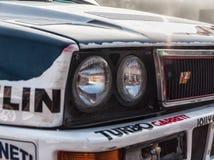 SAN MARINO SAN MARINO - OTT 21, 2017: LANCIA DELTA INT 16V 1991 i gammal tävlings- bil samlar LEGENDEN 2017 den hans berömda SAN  Arkivfoto