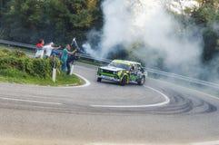 San Marino 21 ottobre 2017 - abarth di Fiat 131 sul salto a raduno la leggenda Immagine Stock