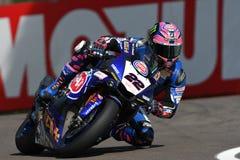 San Marino Włochy, Maj 12 -: Alex Lowes GBR Yamaha YZF R1 Pat Yamaha urzędnika drużyna SBK Rizla podczas WSBK Qualyfing przy Imol Zdjęcia Stock