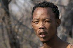 San - mateiros - um tribo que nós visitamos em Namíbia fotografia de stock royalty free