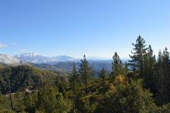 San nevado Bernardino Mountains Fotos de archivo libres de regalías