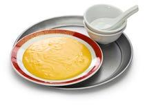 San-nian bu, Chinees die niet de pudding van de eierdooiervla plakken stock afbeeldingen