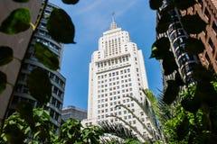 San Paolo, Brasile, skycraper alto bianco iconico dentro in città fotografie stock