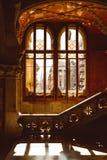 San Pau Krankenhaus-Barcelonakatalonien, glasig-gl?nzender Korridor innerhalb Krankenhausde-La Santa Creu I Sant Pau stockbilder