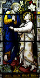 San Pedro encuentra a Jesús (el vitral) Foto de archivo