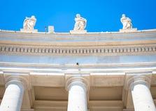 San Peter Columns a Roma fotografia stock